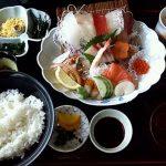 唐津市おさかな村2階、「大漁亭」で玄界灘の海の幸を食らう。